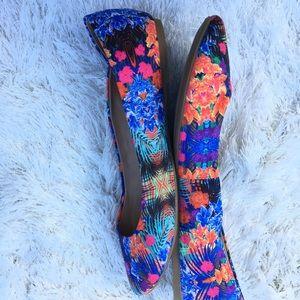 Mix No.6 Danzey flower ballet flat Size 8.5